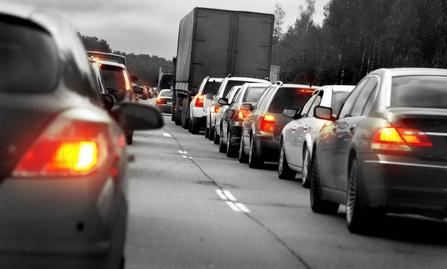 Embouteillages sur l'autoroute du linking